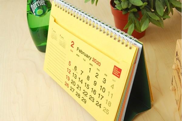 Các mẫu lịch để bàn đẹp
